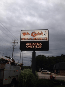 Sign Service Mr Quick